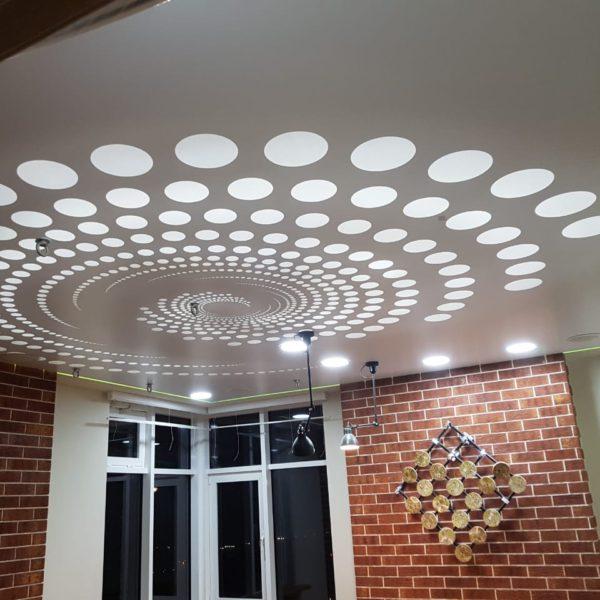 Стильный потолок в две комнаты - Проект 9